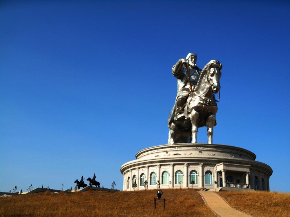 mongoliakhan.jpg